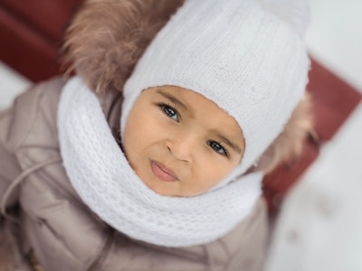 Toddlers can play in the cold weather as long as they're bundled, experts say.