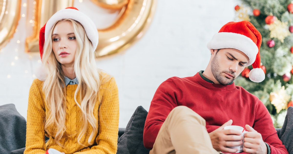 7 Reasons To Break Up With A Partner During The Holidays, According To 7 Women