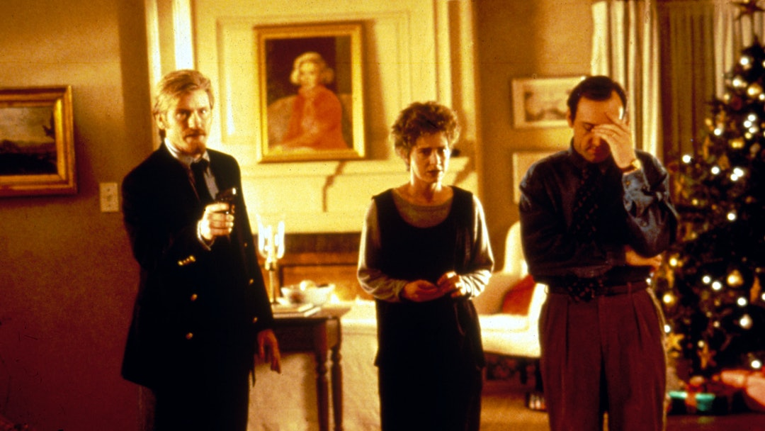 Hostile Hostages (The Ref),  Denis Leary,  Judy Davis,  Kevin Spacey