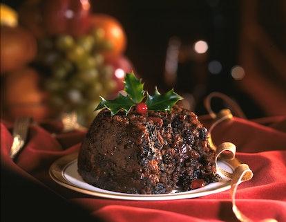 Christmas pudding dinning table