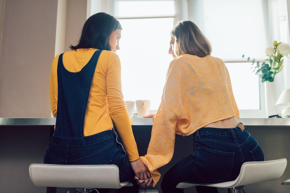 Maintain romantic boundaries during Mercury retroshade 2020 & Valentine's Day.