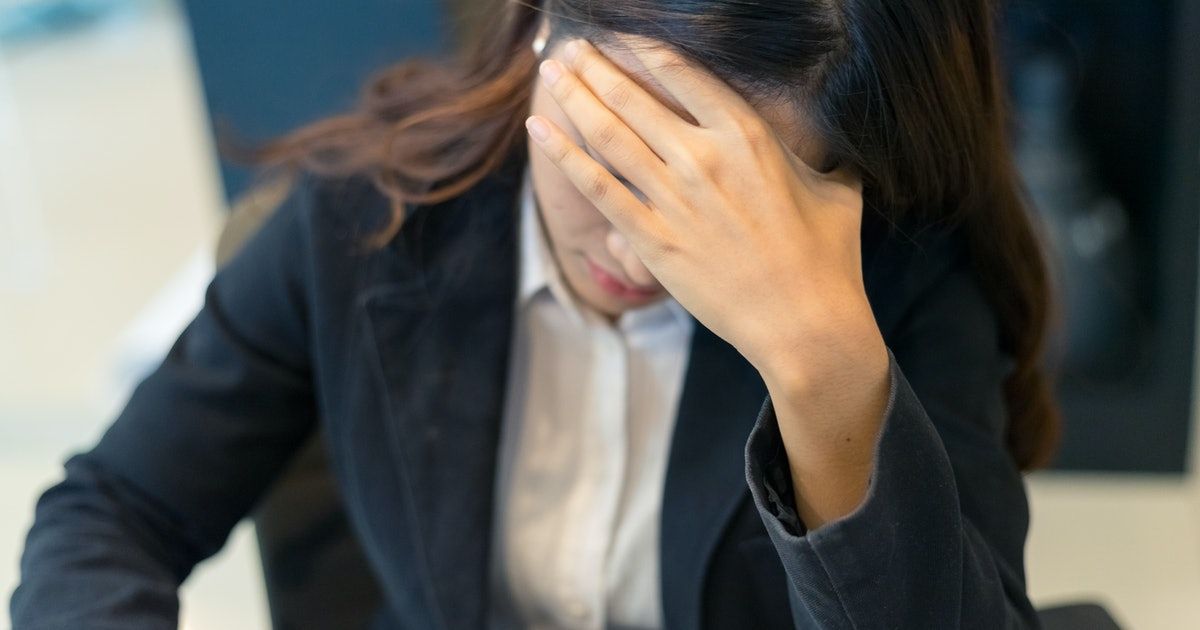 What Does Gaslighting At Work Look Like? An Expert Explains How To Spot This Kind Of Behaviour