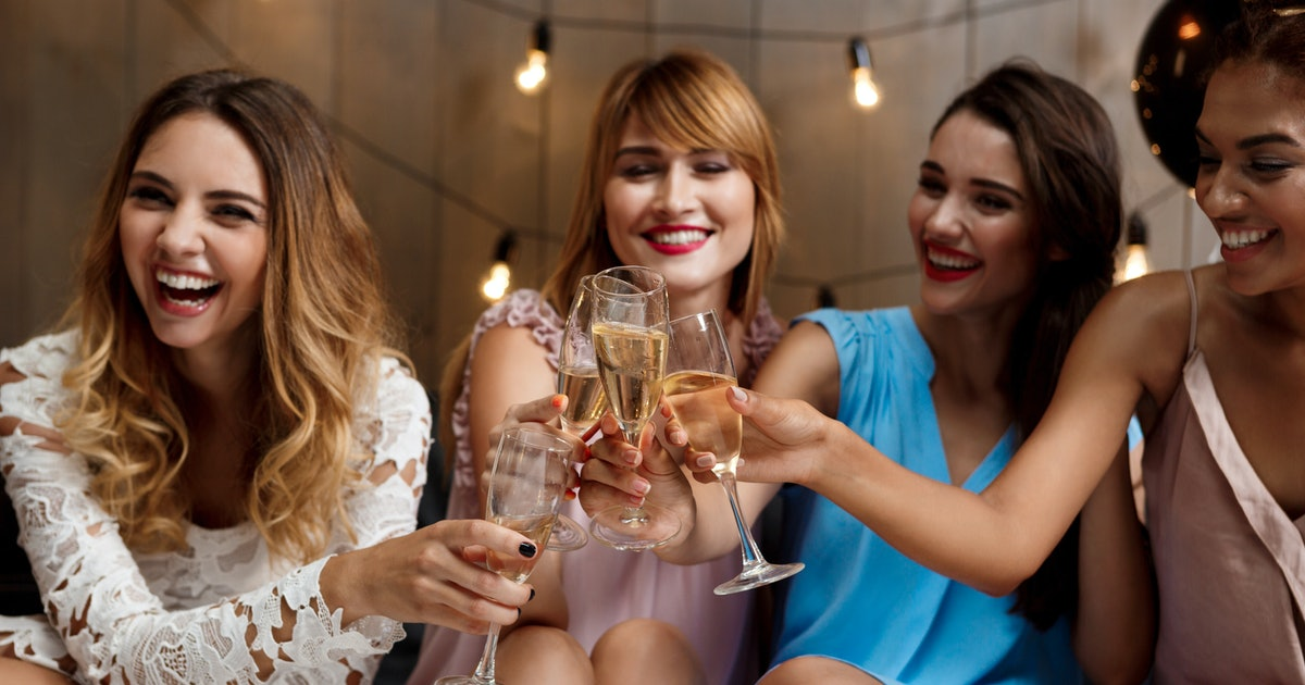 How To Plan A Bachelorette Party If You Don't Want To Go Away On Vacation