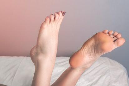 Foot fetish modeling stockings nylons