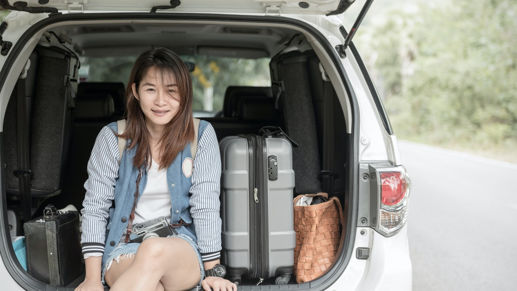 Vacation, Travel - Young teen hipster ready for the travel for summer vacation, concept travel and trip and vintage tone