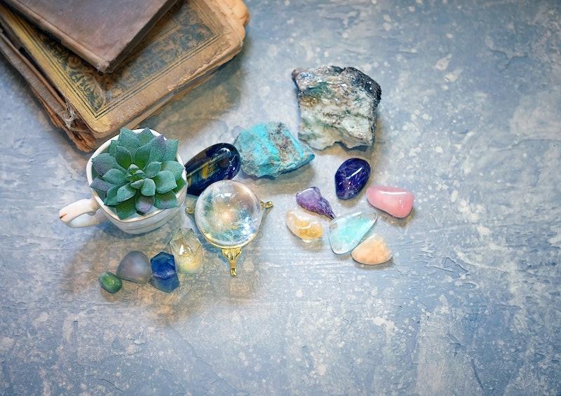 Rock crystal, fluorite, citrine. gemstones crystal minerals for relaxation,  meditation. Crystal Rit...