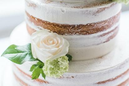 Detail of a wedding cake - Naked Cake