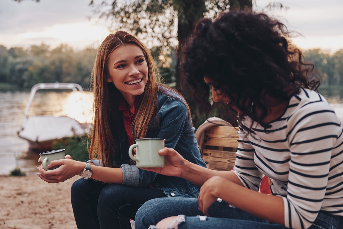 This is how to friendzone a guy or girl, according to experts.
