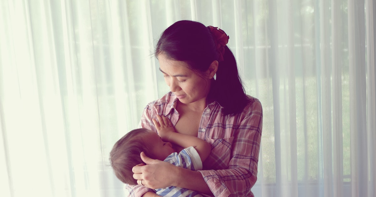 7 Breastfeeding Traditions From Around The World