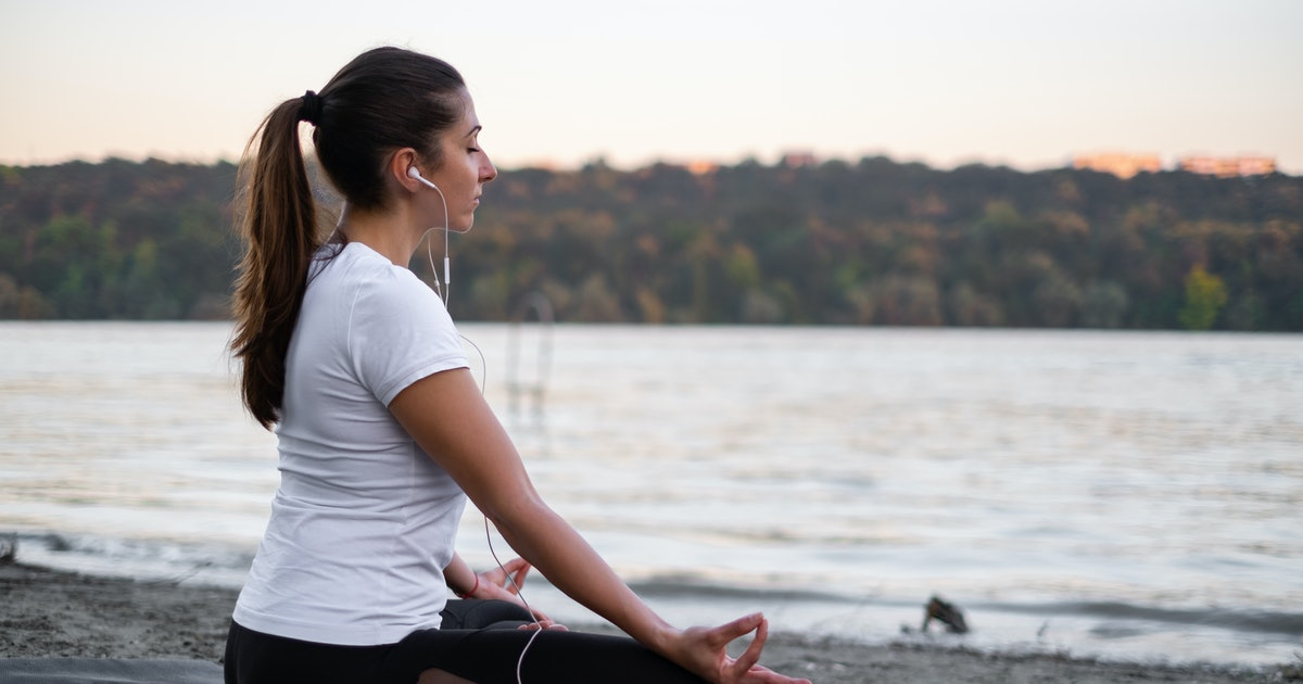 What Does Meditation Do To An Anxious Brain? Experts Explain How It Can Help
