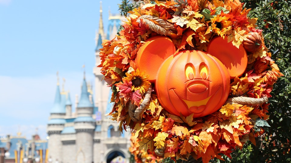 The Disney Store will be holding a Haunted Halloween Party every Saturday and Sunday for the rest of October.