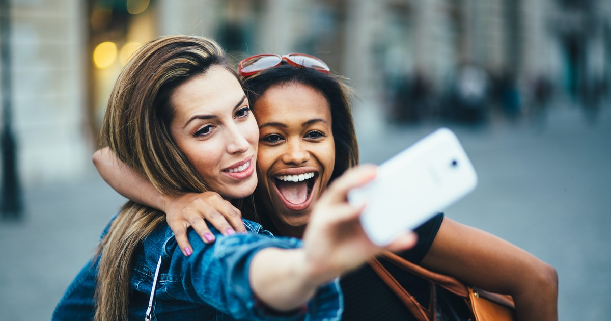 Are Selfies Bad For Your Mental Health? Experts Say They Can Negatively Impact Self-Esteem