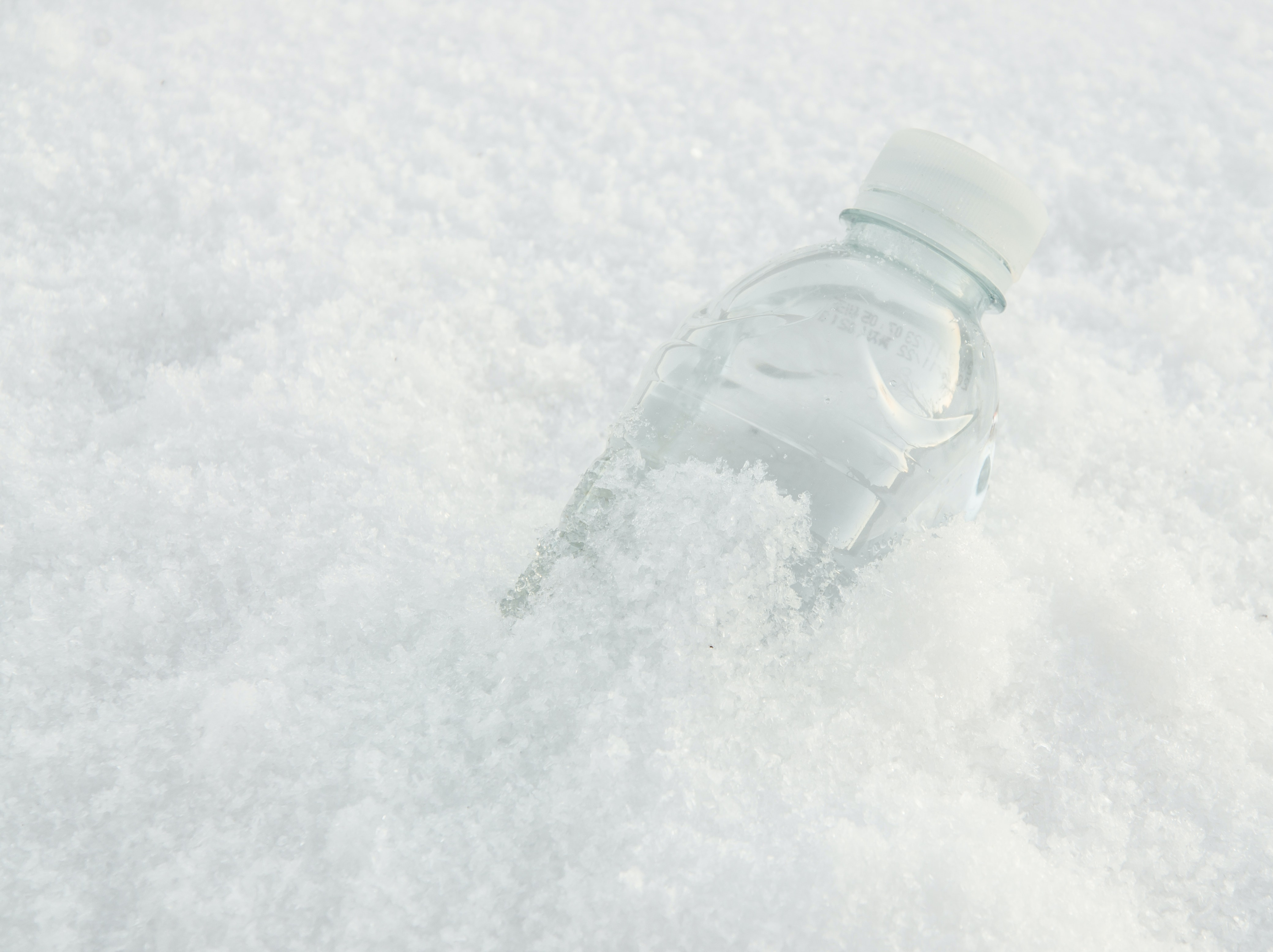 11 Cold Weather Science Experiments To Keep You Entertained