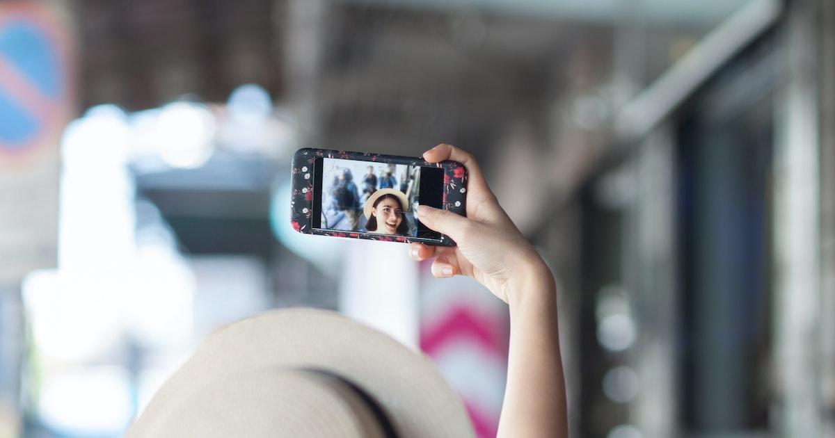 Selfie study measures similarities between smartphone photos and portraiture
