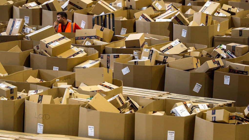 quality design caf42 014b4 Amazon's carbon footprint goes beyond shipping millions of ...
