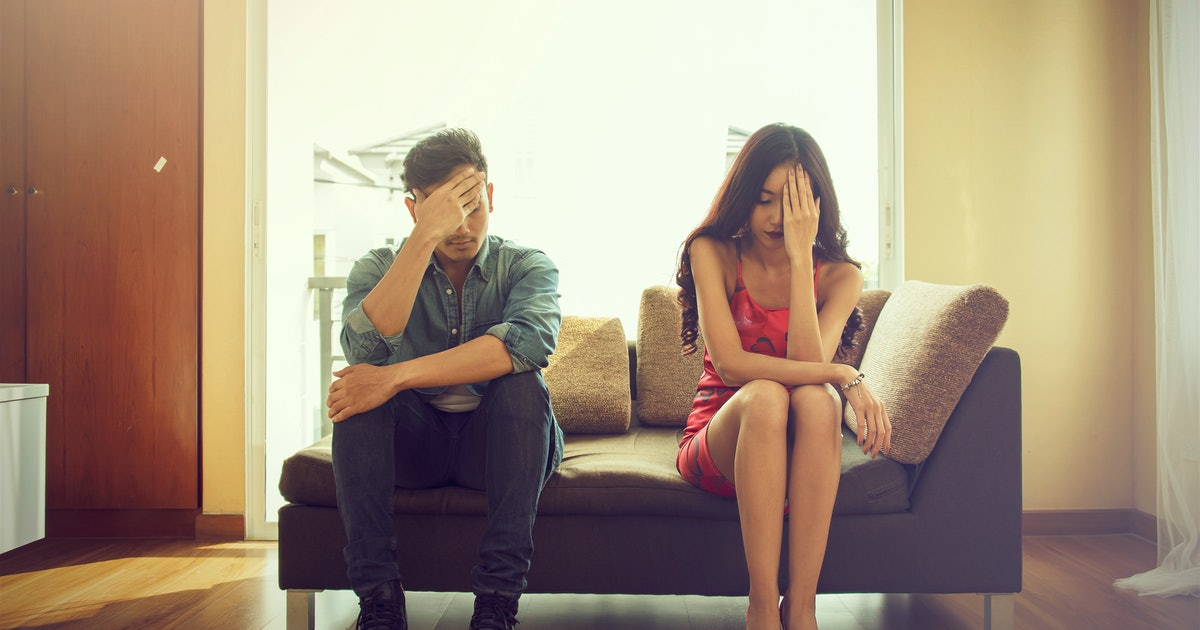 10 Stories About Dating Emotionally Unavailable People That Will Break Your Heart