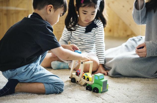 Japanese kids playing