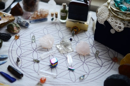 Meditation Grid Kit. Quartz Tower, Natural Citrine, Quartz Points. Variety of colorful crystals on textured background. Healing Crystal Bundle Alter set, Wiccan Witchcraft, Crystal Healing Decor
