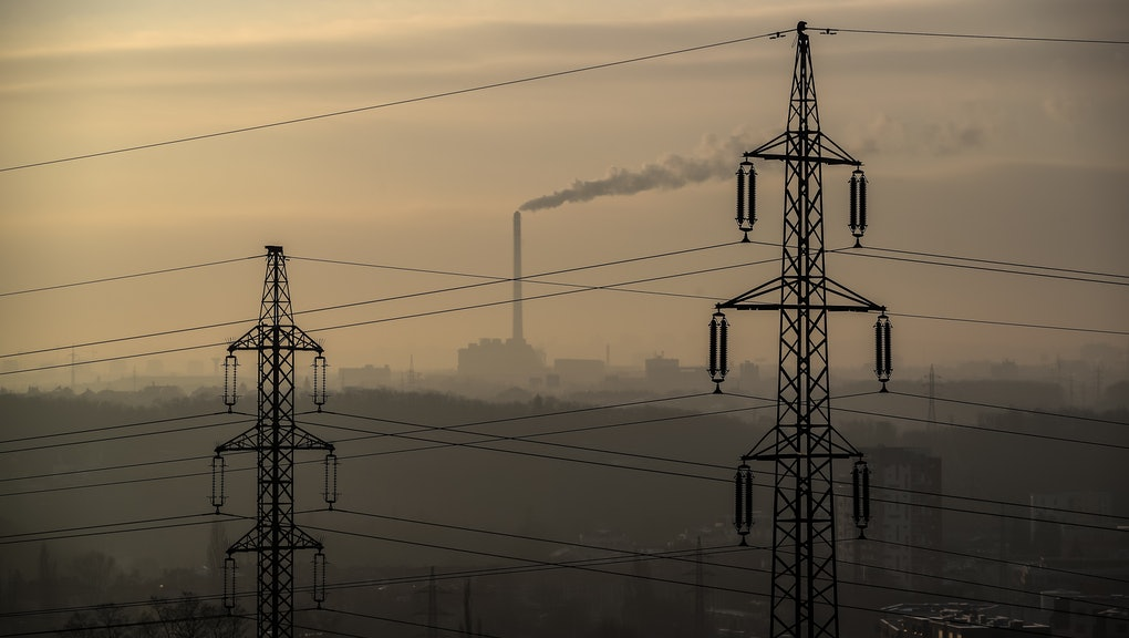 Smoke rises from the chimney of the incineration plant with high voltage lines in the foreground during sunny morning in Prague, Czech Republic, 14 December 2018. According to an UN report, carbon dioxide (CO2) emissions have risen for the first time in four years. The United Nations COP24 Conference, which will take place in Poland until 14 December 2018, is struggling for a common position in the fight against climate change.