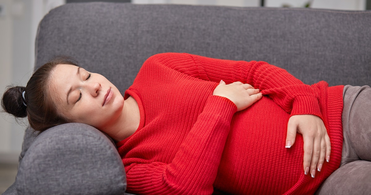 Does Pregnancy Make You Sleepy? You're Not The Only One Feeling Extra Fatigued