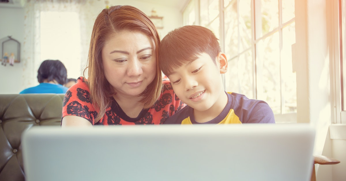 9 Rules For Commenting On Facebook Pictures Of My Child