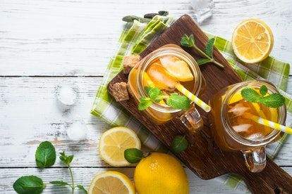 Spice sweet iced tea with lemon is a refreshing super bowl drink.