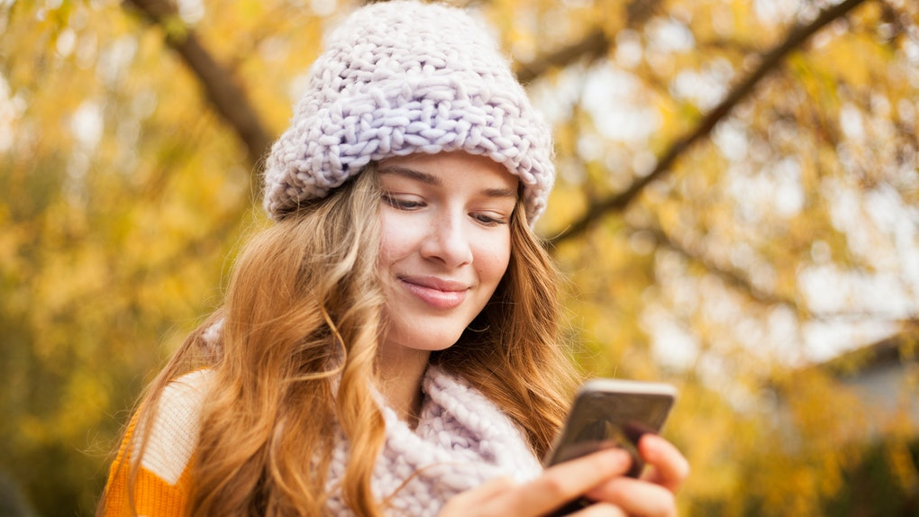 Certain self-care practices for dating app users can help you maintain a positive mindset.