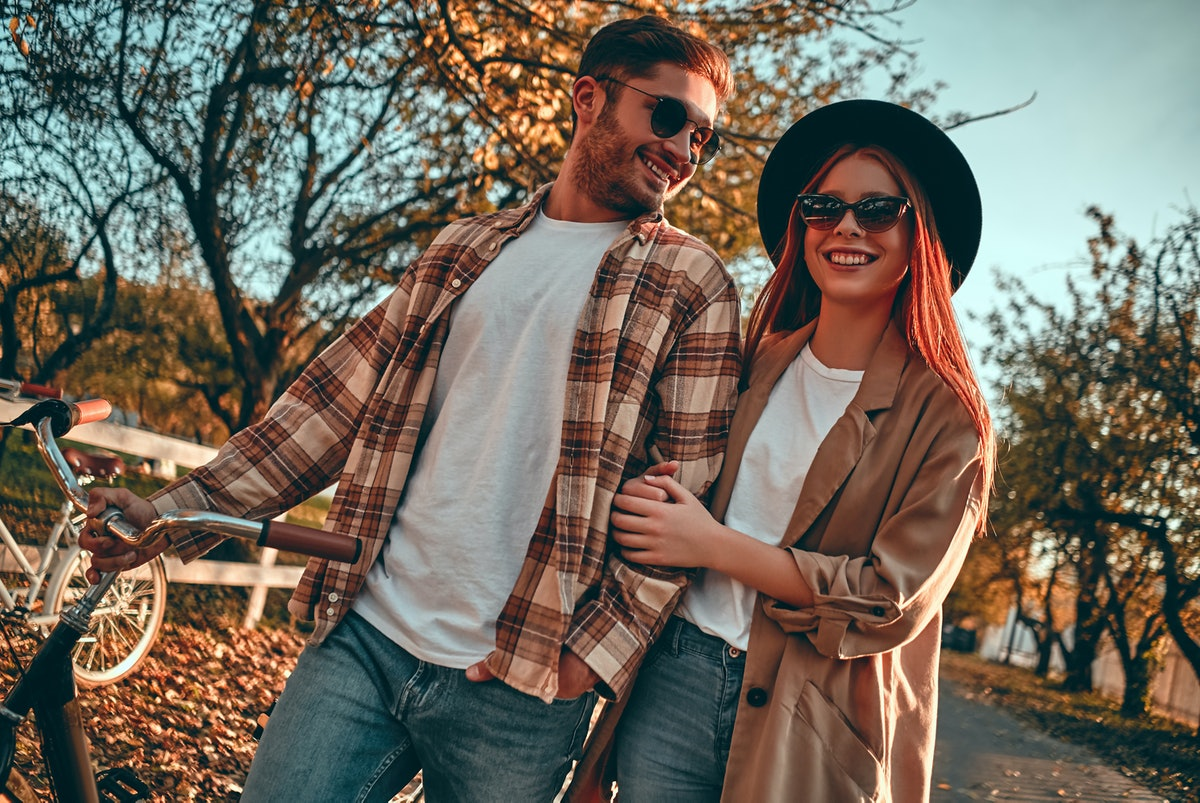 Looking for outdoor fall activities for couples? Try a bike ride.