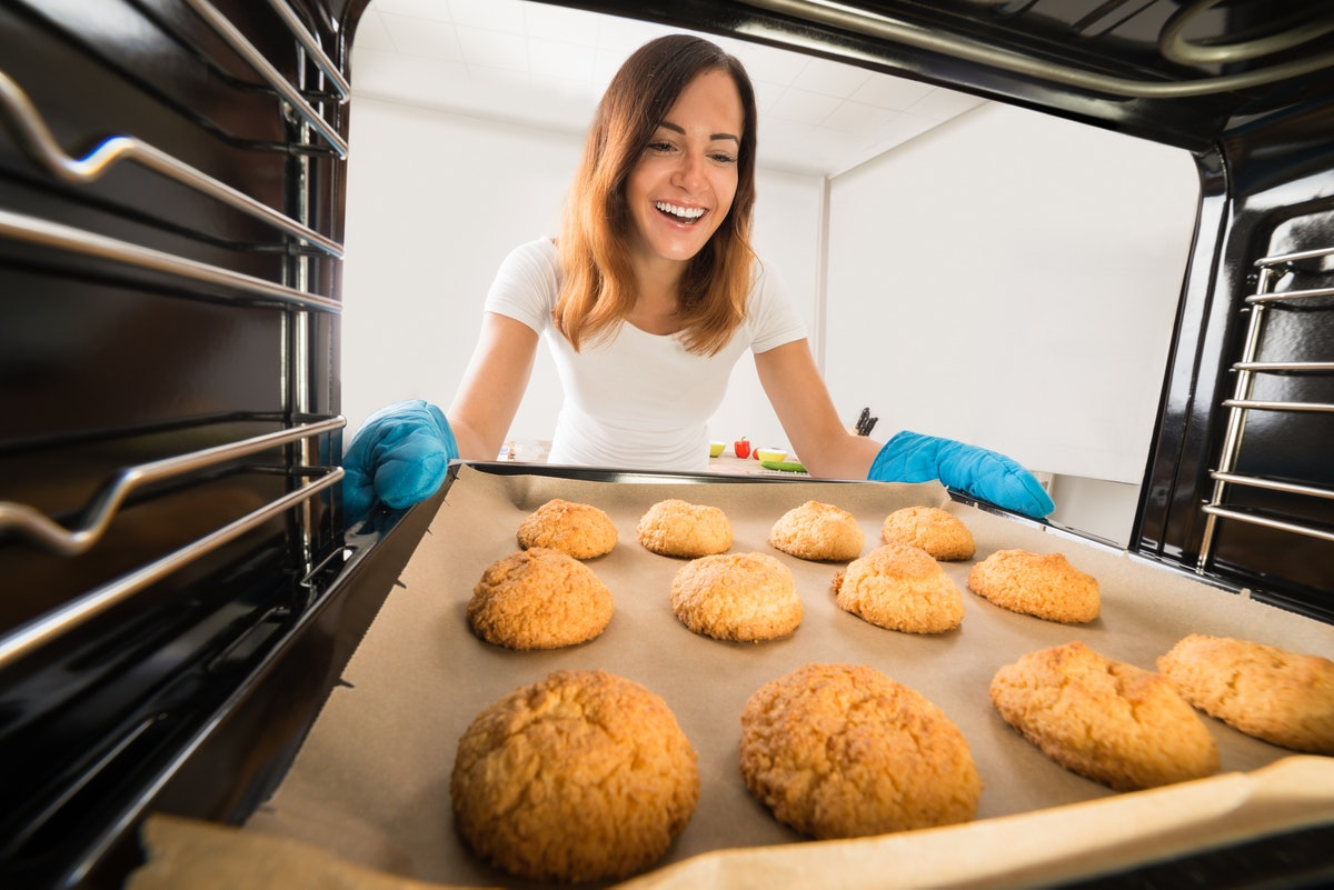Here's how to apply for Reynolds Kitchens' Cookie Connoisseur job