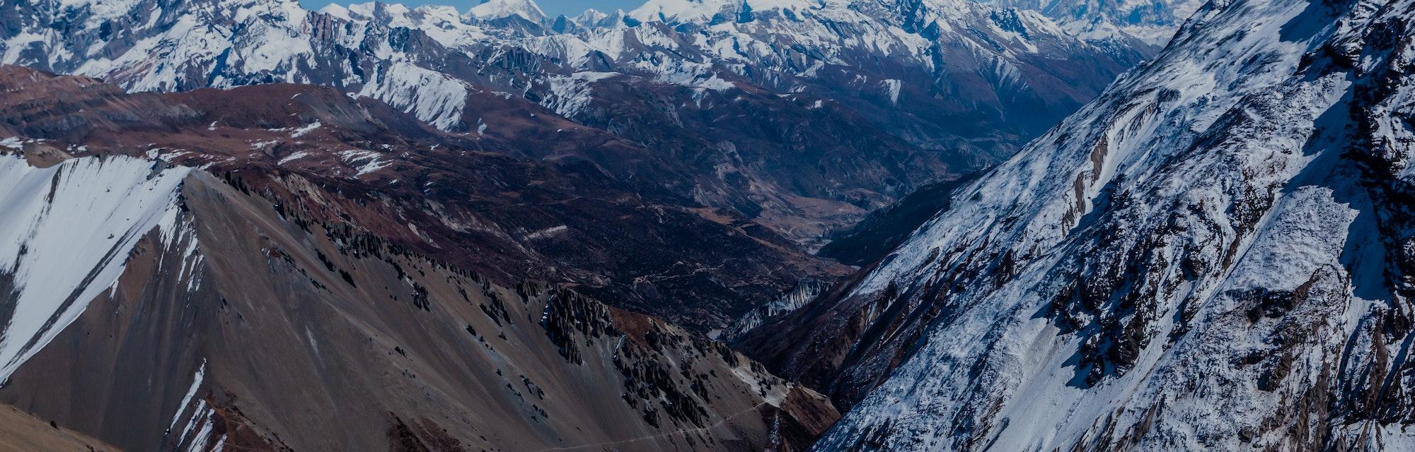 Himalayas mountains on the way to Tilicho lake (Tilicho Tal 4920 m). Annapurna Trek, Himalaya, Nepal.