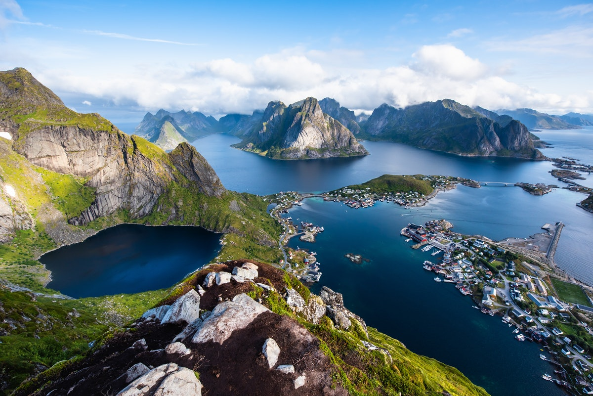 Dollar Flight Club's Feb. 10 deals to Norway include sales from New York and Miami.