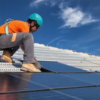 New report shows solar jobs leaving coal in the dust—especially in the South