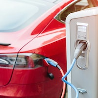 Tesla leads movement away from scarce resource found in electric car batteries