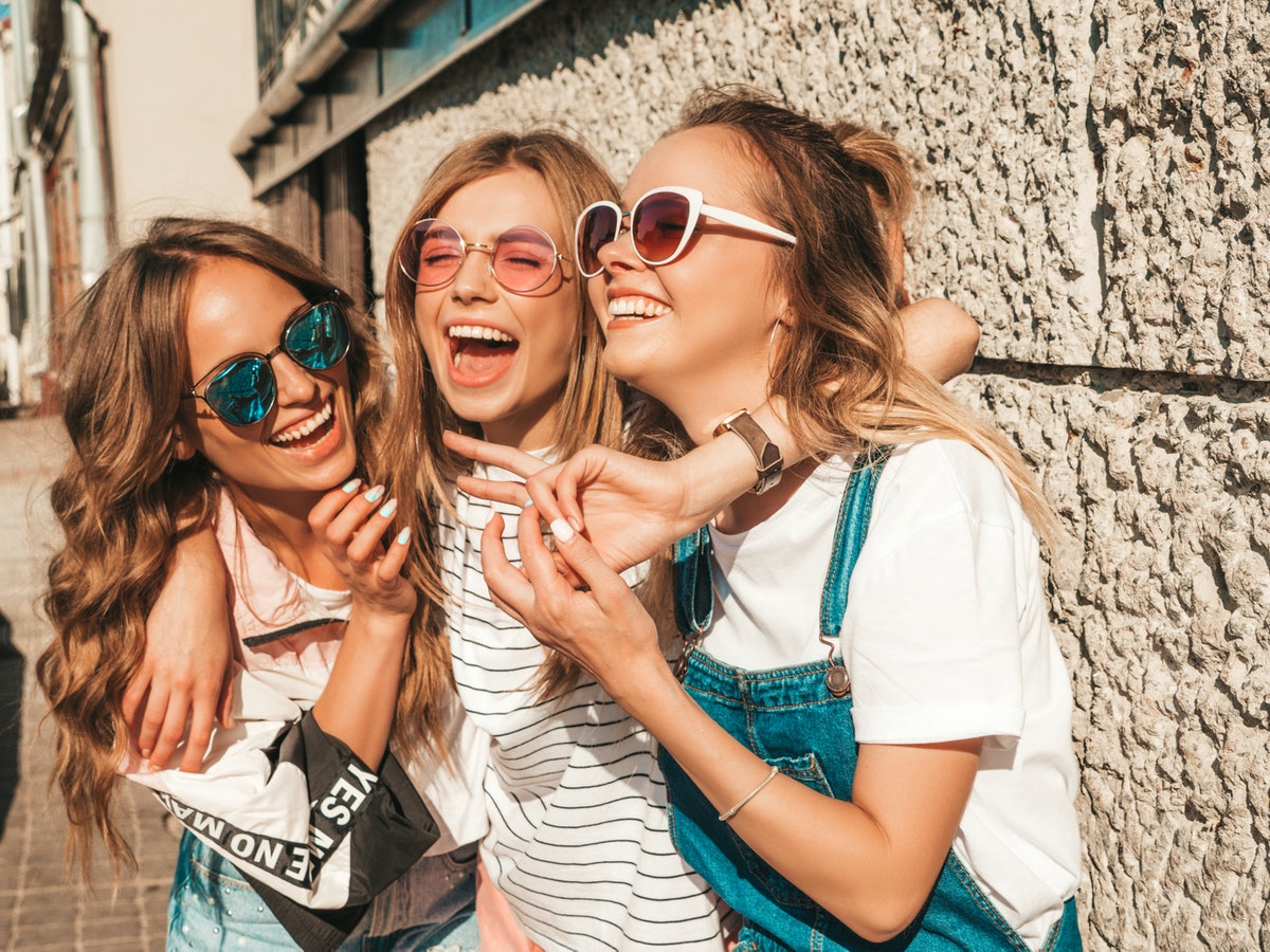 Group chat names for 3 best friends, Whatsapp group names for 3 friends, trio names