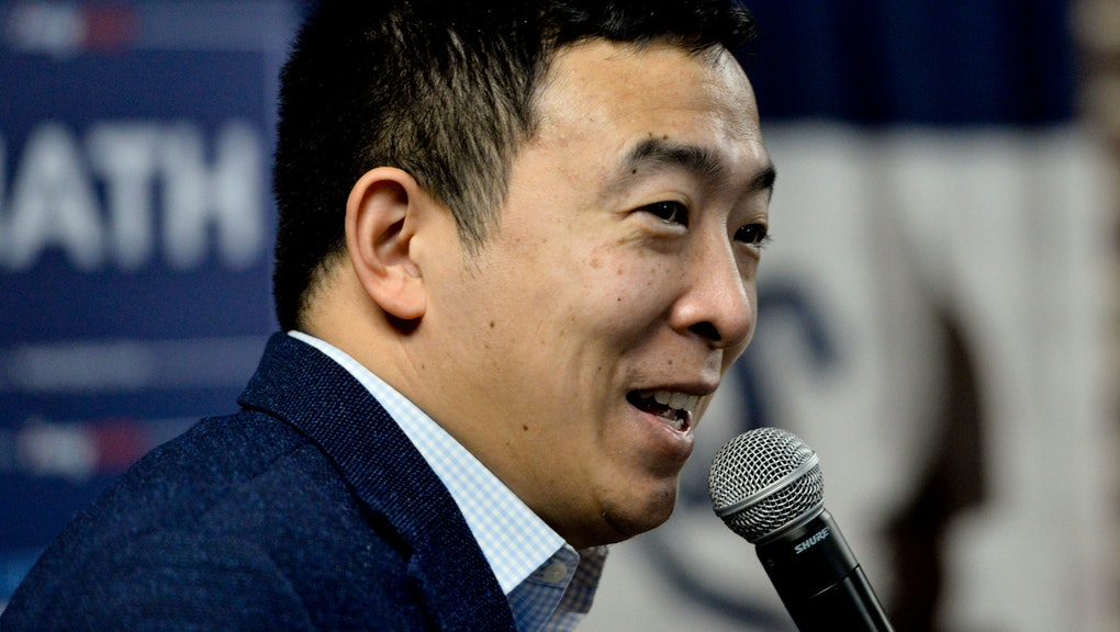 Andrew Yang campaigns to be the 2020 Democratic presidential nominee at the Tipton High School in Tipton, Iowa, USA, 31 January 2020. The first-in-the-nation Iowa caucuses are on 03 February 2020. Voters in Iowa will gather to caucus and select their choice for US president.