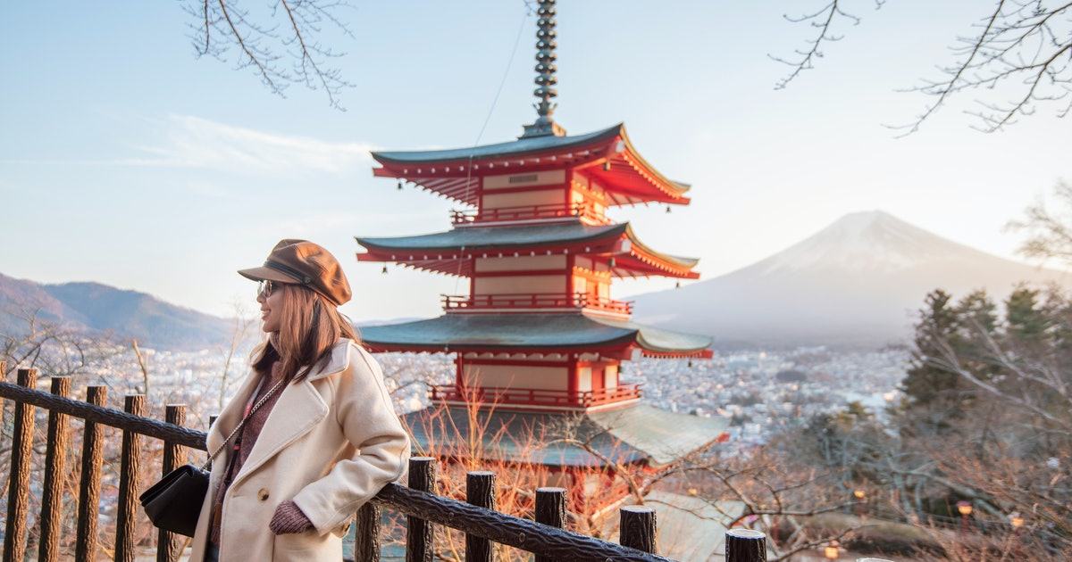 30 Captions For Traveling To Japan & Taking A Once In A Lifetime Trip