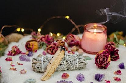 Romantic Cozy Tarot Setup Background