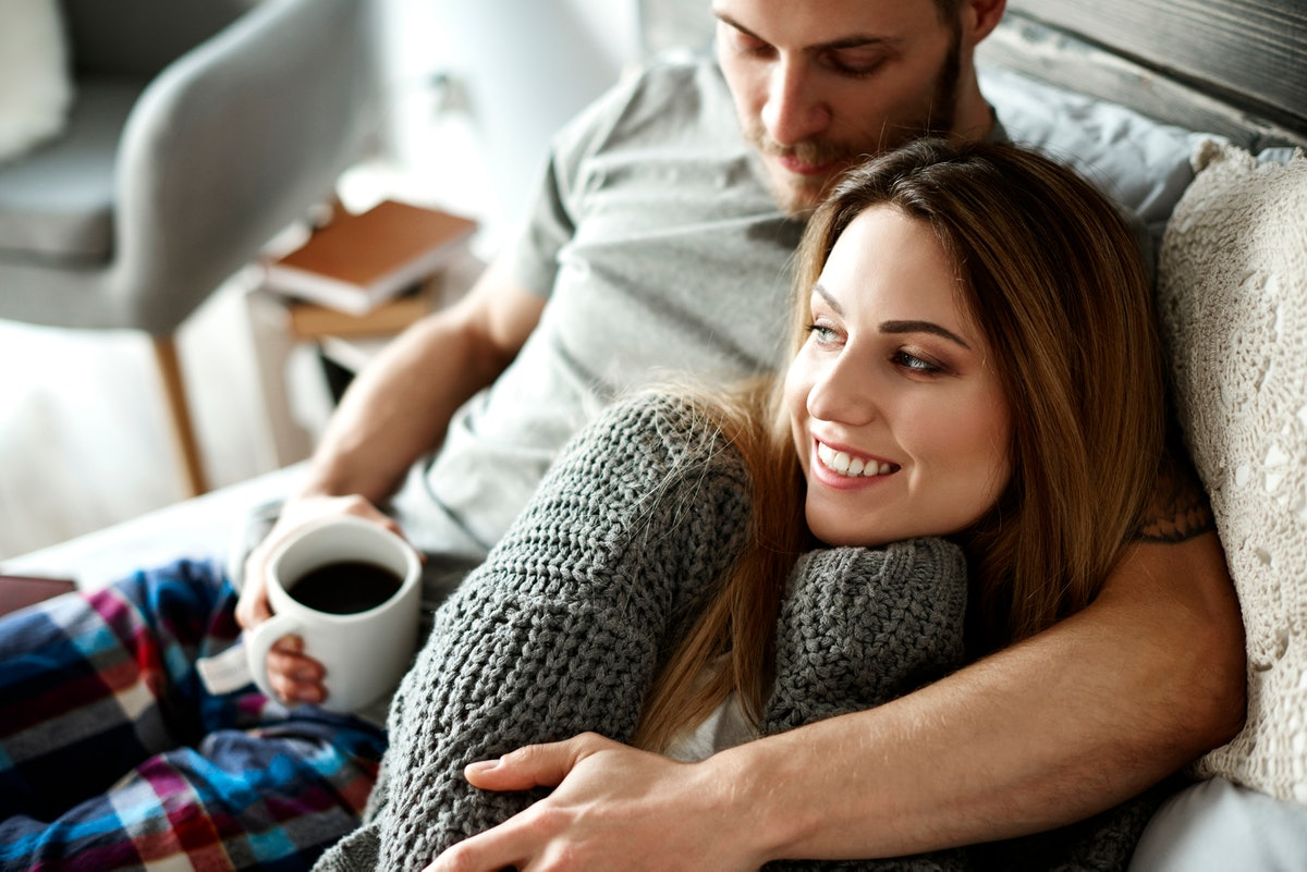 One of experts' relationship bonding tips for stressed-out couples is to create some structure in your day.