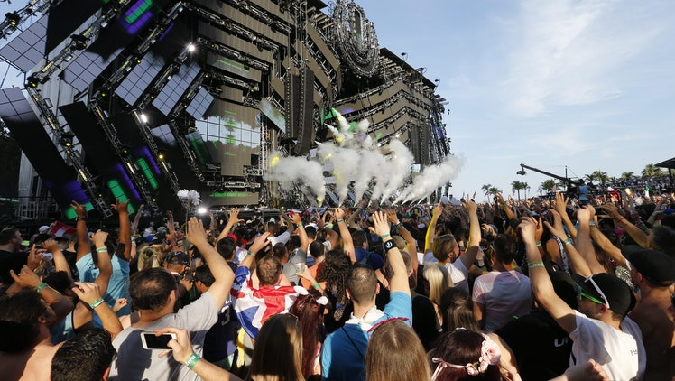 Fans React As Dj Dash Berlin Performs at the Ultra Music Festival in Miami Florida Usa 18 March 2016 United States Miami