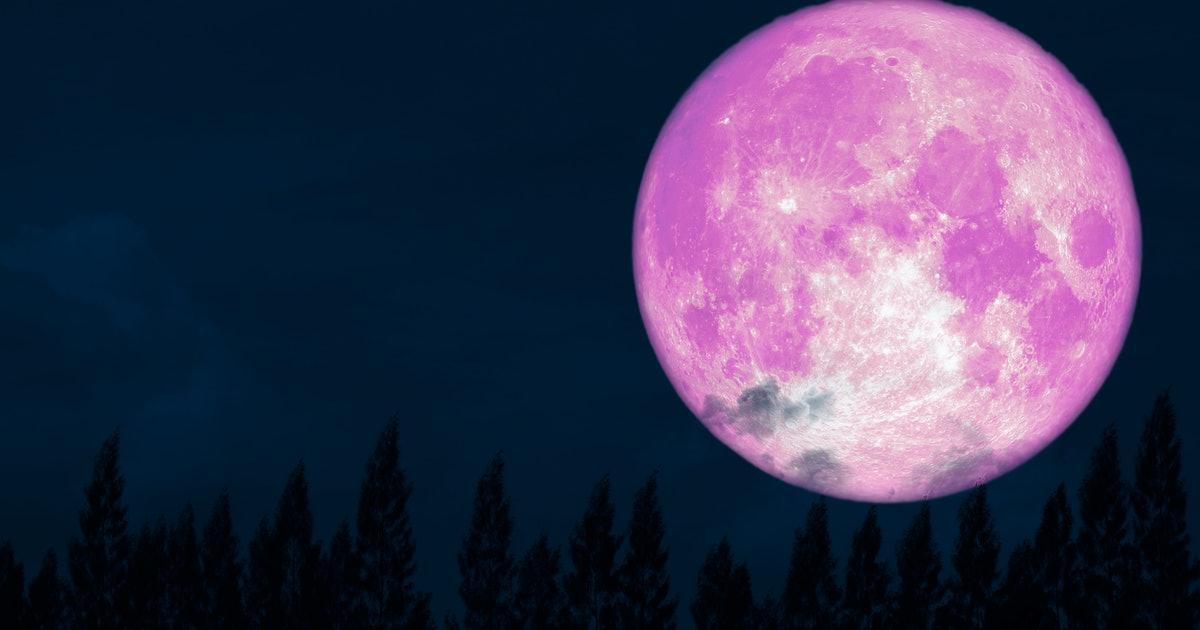 April's Full Moon Is Bringing Some Balance To All Zodiac Signs Amid The Chaos