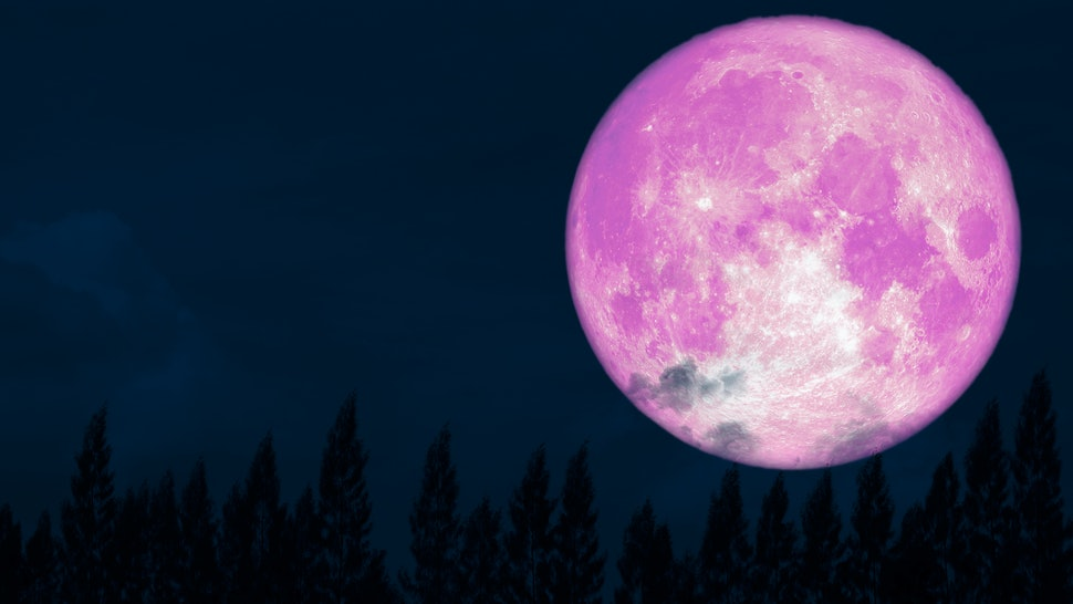 How The April 2020 Full Moon Will Affect You, Based On Your Zodiac Sign