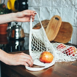 7 Things You Use Every Day That Are Bad For The Environment & The Swaps To Make Instead