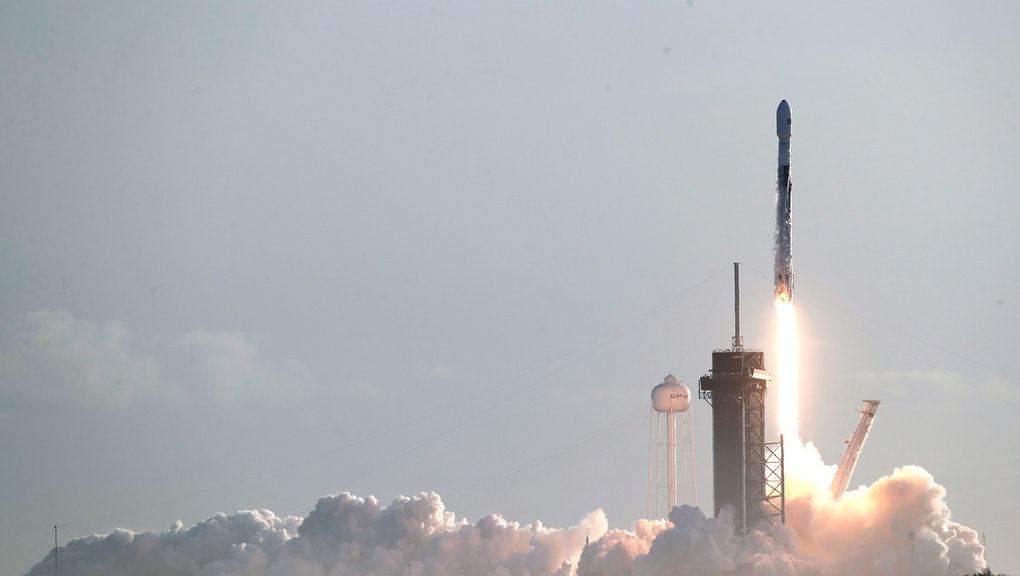 Falcon 9 SpaceX rocket with a payload of approximately 60 satellites for SpaceX's Starlink broadband network lifts off from pad 39A at the Kennedy Space Center in Cape Canaveral, Fla