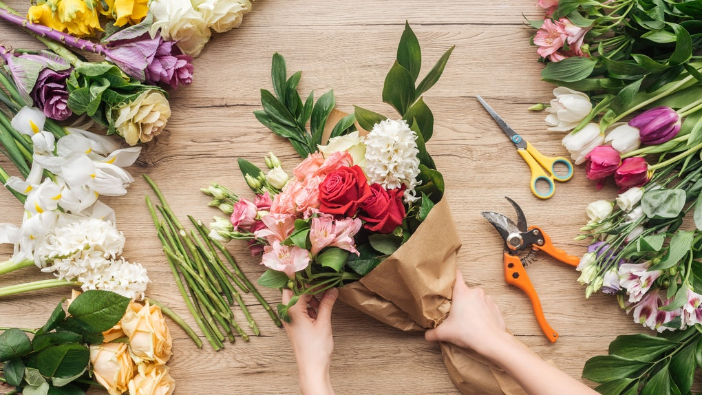 Here's what to know about sending your mom flowers for Mother's Day 2020.