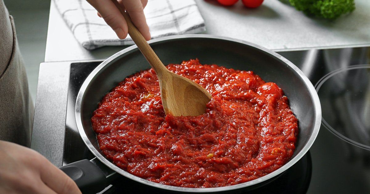 11 Hacks To Make Store-Bought Pasta Sauce Taste Better