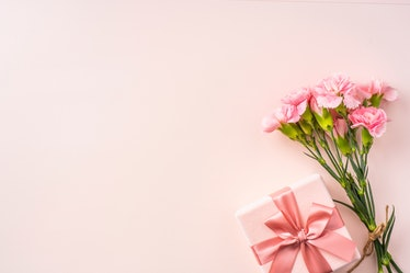 8 Virtual Gift Cards To Send On Mother's Day for a last-minute celebration