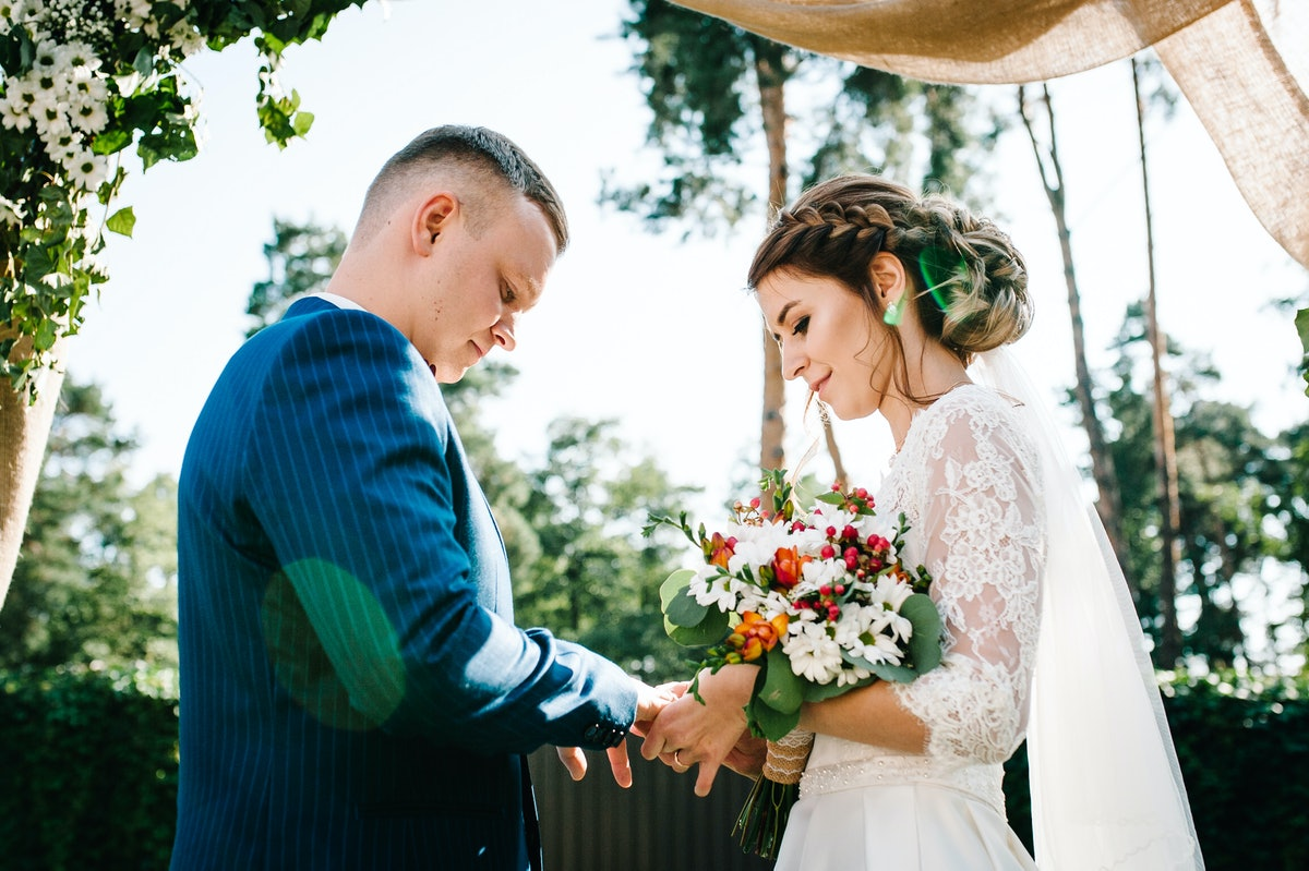 When will it be safe to have a wedding again? For now, the lowest-risk option is a small, outdoor affair.