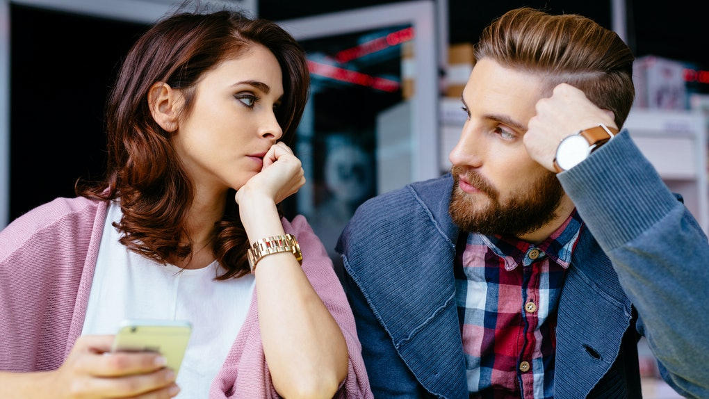 Look out for these quarantine habits that are relationship red flags.