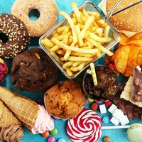 The scientific explanation behind your food cravings