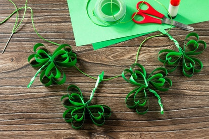 There are plenty of fun and easy St. Patrick's Day-themed craft projects that won't leave you covered in hot glue and sequins.